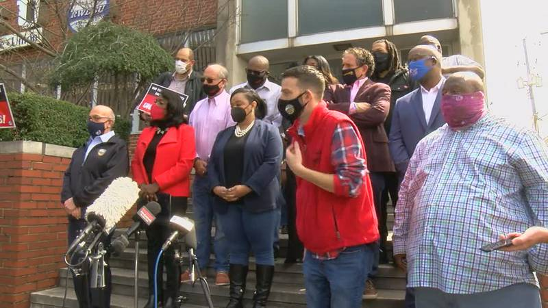 A labor showdown in Bessemer is receiving a lot of national attention. Friday, some democratic...