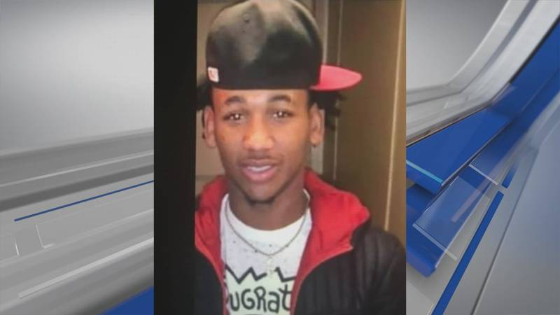 Dallas County District Attorney Michael Jackson says Aldontae Banks has escaped the Perry...