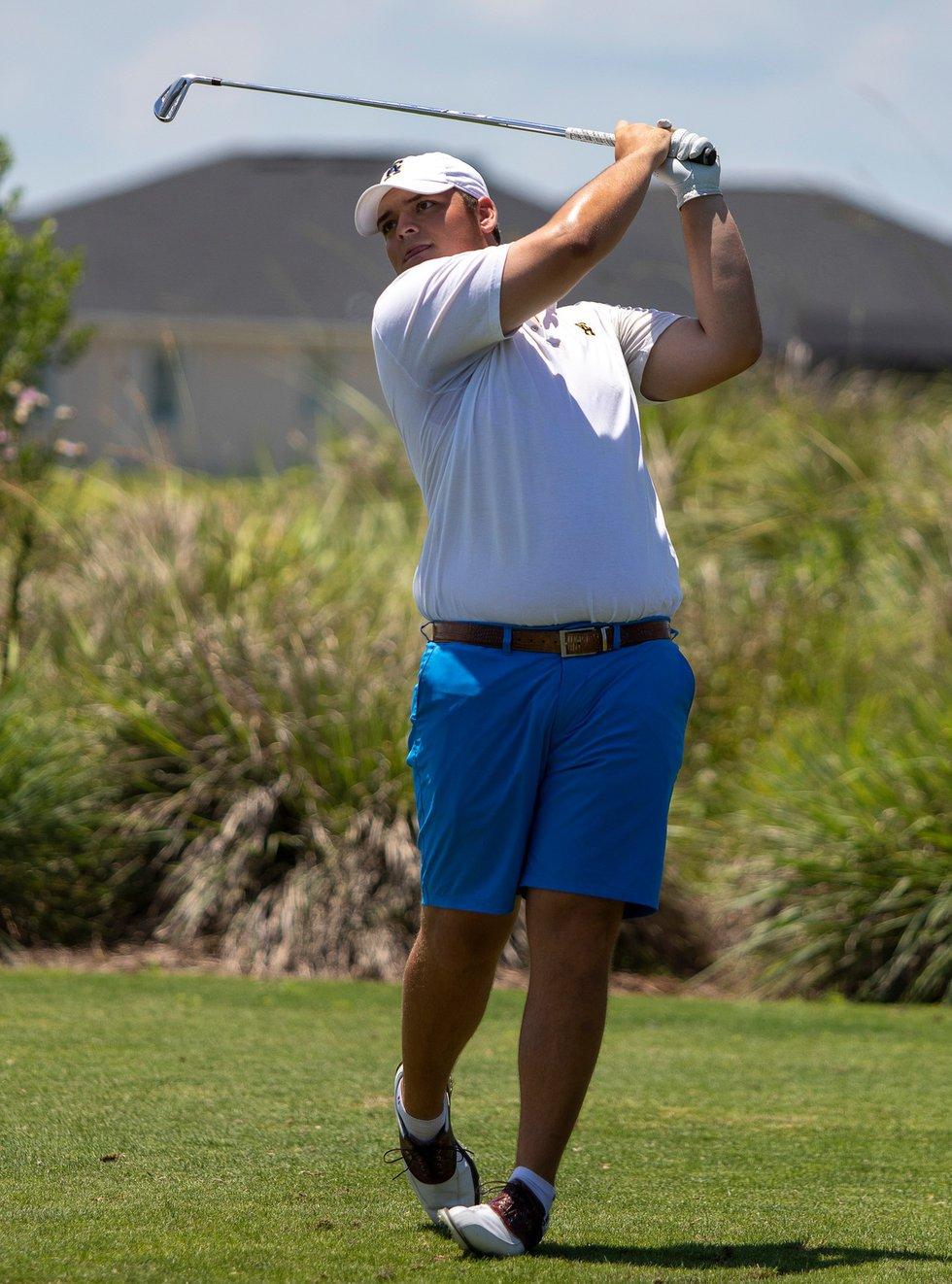 Owen Burt in action at the 2019 NJCAA golf national championship at Duran Golf Club.