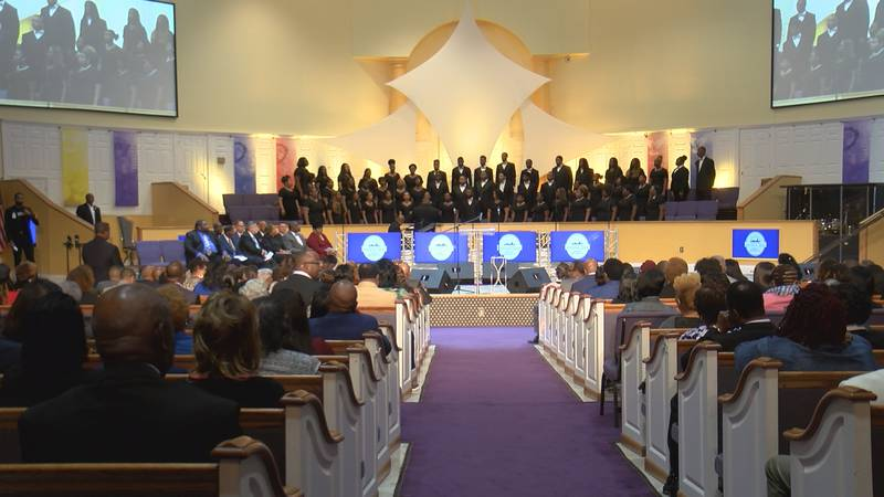 Mayor-elect Steven Reed celebrated his inauguration early at an Interfaith Worship Service.