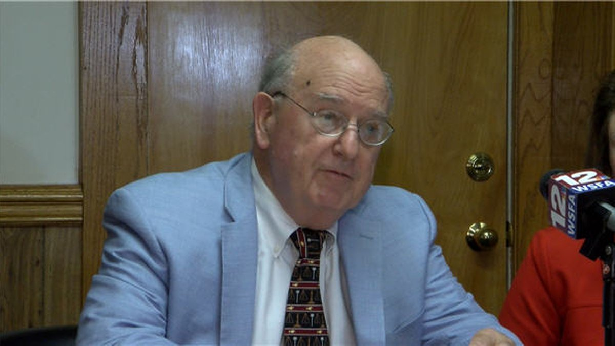 Two Montgomery lawyers are filing a formal complaint against Alabama attorney general Steve...