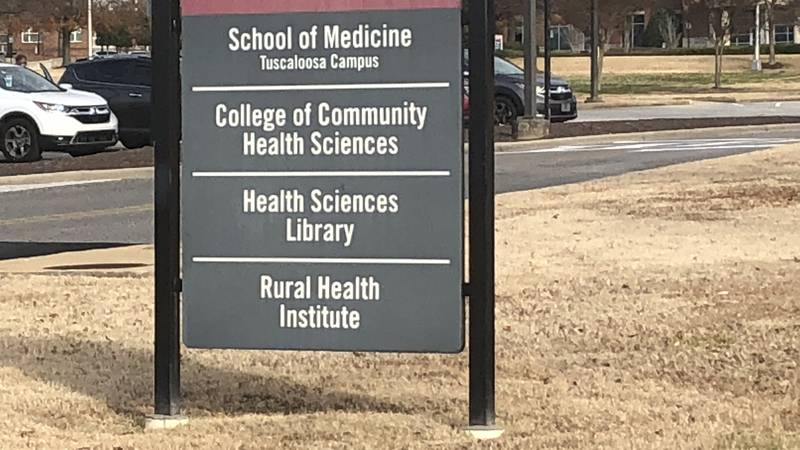 University of Alabama to offer coronavirus vaccinations to some people
