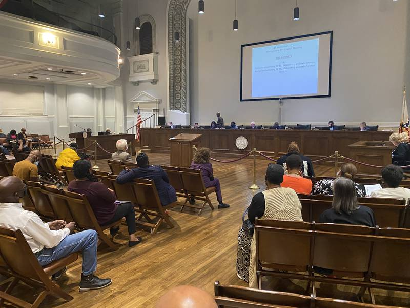 Council addresses apartment complexes in Montgomery.