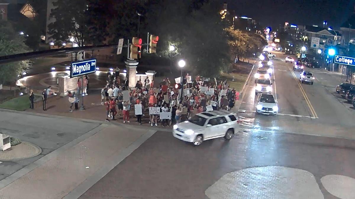 Protesters gathering at Toomer's Corner in Auburn