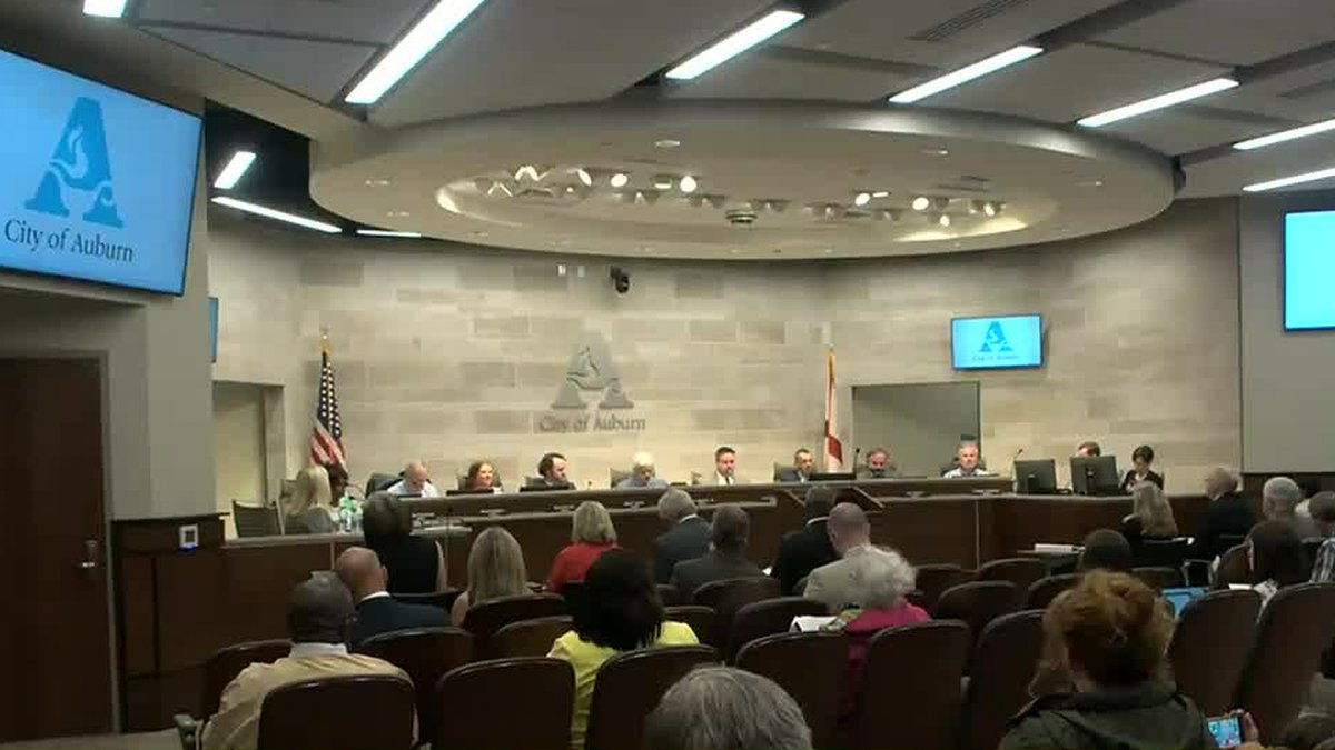 Auburn City Council approves $1.5 million contract upgrading APD's camera system