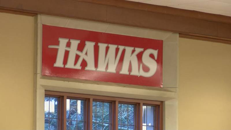 Huntingdon College faculty and students support dining hall worker after fatal house fire.