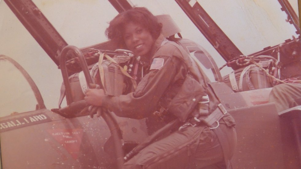 Graham prepares to board an F-4 before flying over her hometown of Glenwood Alabama in 1979.