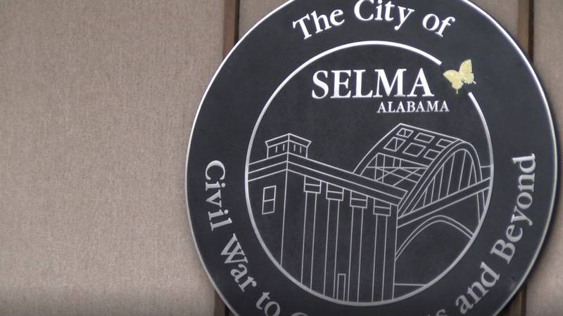 Selma Mayor Darrio Melton confirms he was briefed by IT director Tuesday morning that Selma's...