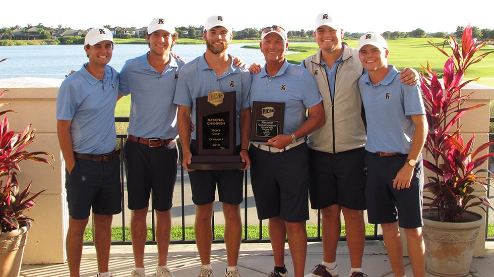 Coach Dave Jennings and the Central Alabama Community College golf team with the NJCAA national...