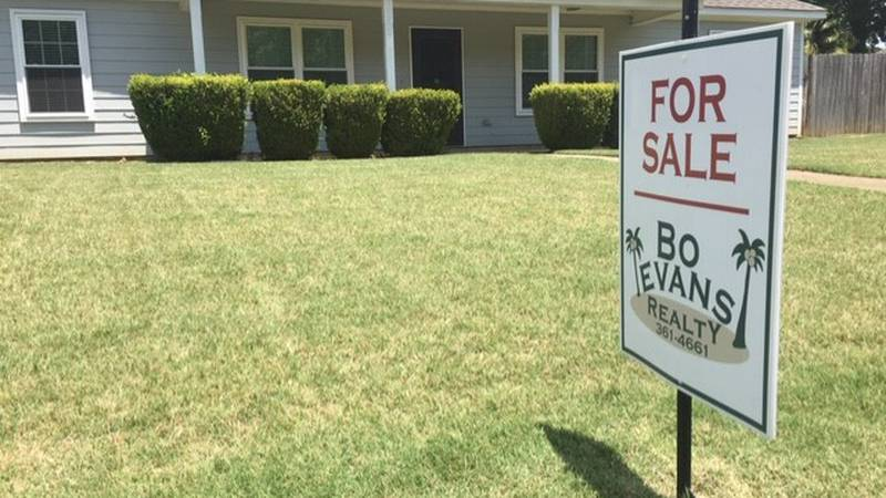 This home in Prattville had 30 showings on the first day it went on the market and sold on the...