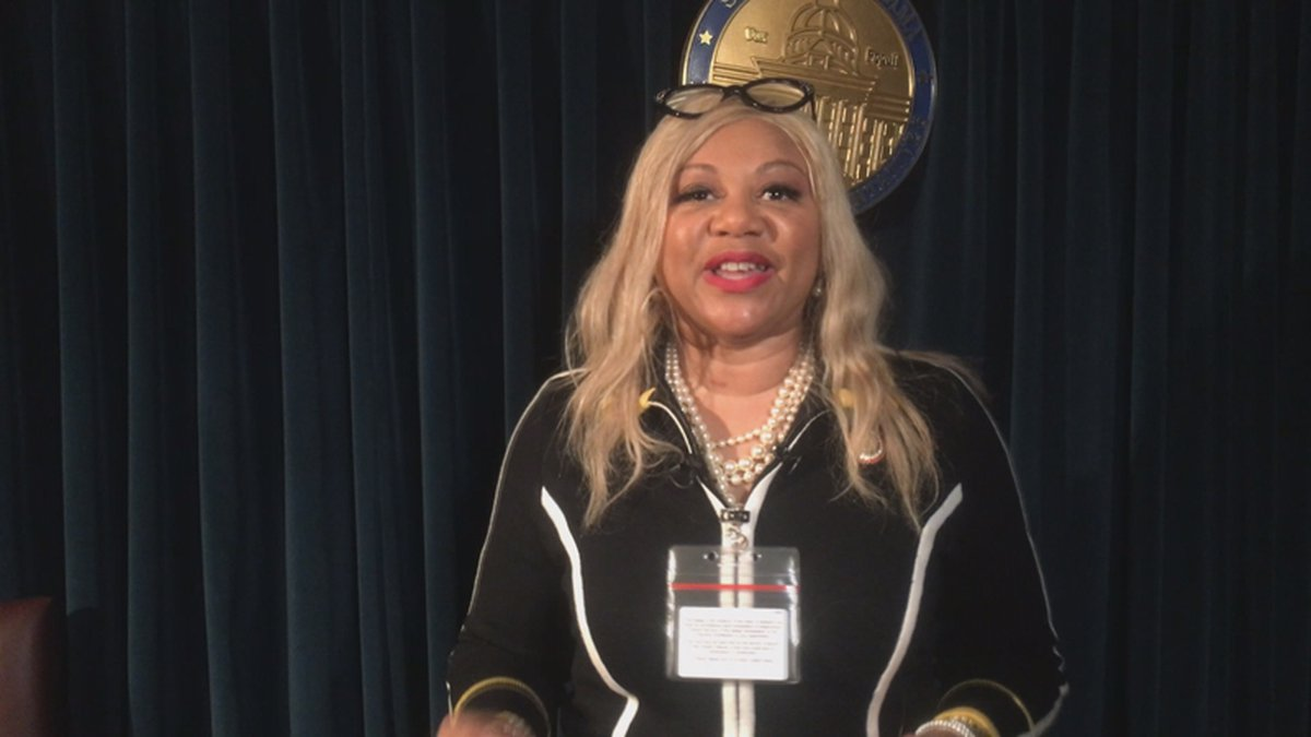 Alabama state Rep. Rolanda Hollis, D-Birmingham, is proposing a bill that would require men to...