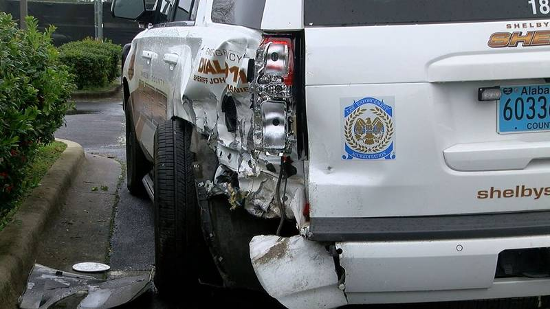 Shelby Co. Sheriff's patrol car hit by driver. (Source: WBRC video)