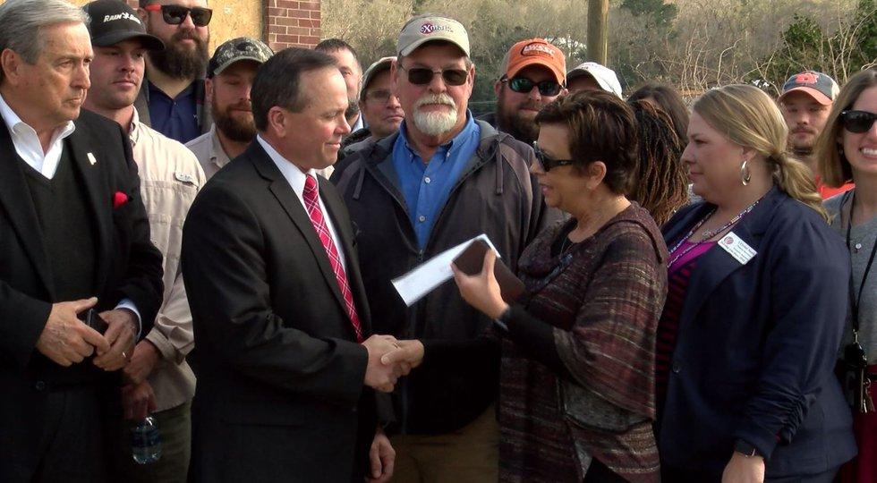 Wind Creek casinos donated $100,000 to three tornado-damaged organizations Monday.