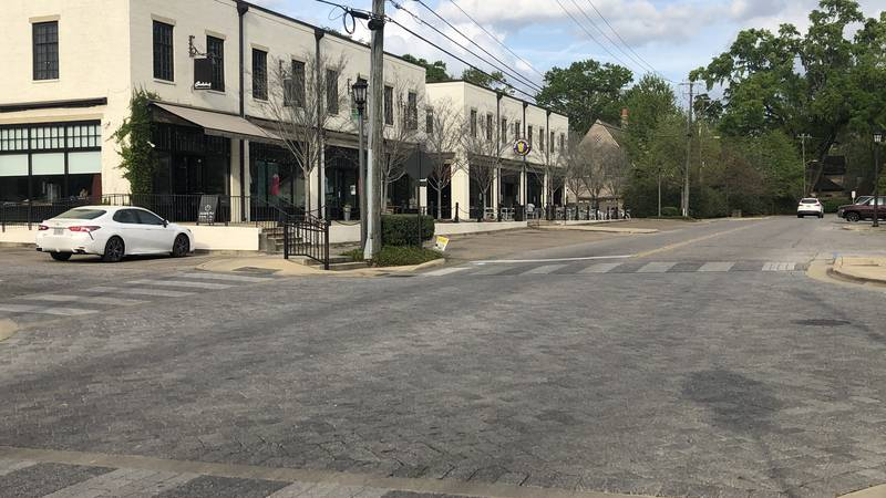 Montgomery closed its entertainment districts Friday in order to combat the spread of COVID-19.