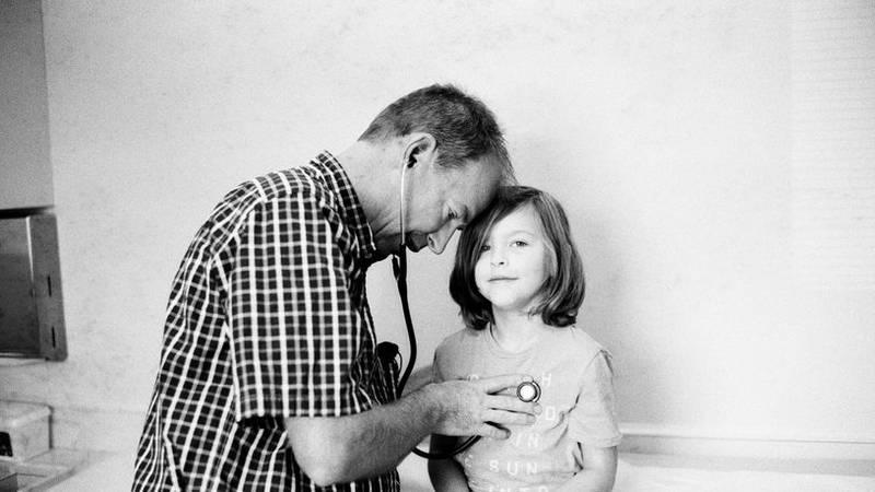 Montgomery pediatrician Dr. Jeffrey Simon has died.