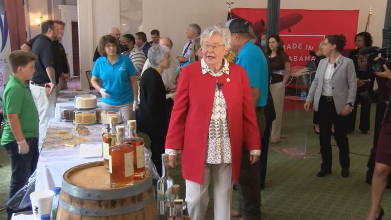 Gov. Kay Ivey visited the Made in Alabama Showcase honorees at the Capitol.