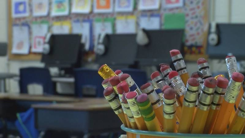 Montgomery Public schools welcome students back to school Monday.