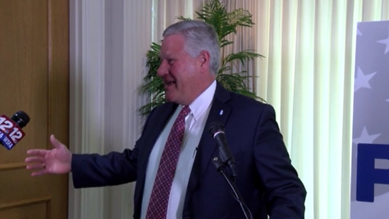 Faulkner University's president, Mike Williams, will be stepping down from his position next...