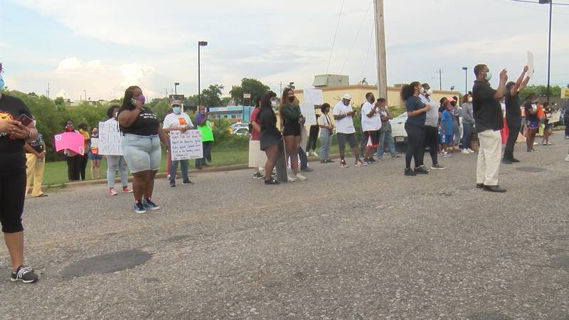 Tuskegee protestors call for an end to racial injustice.