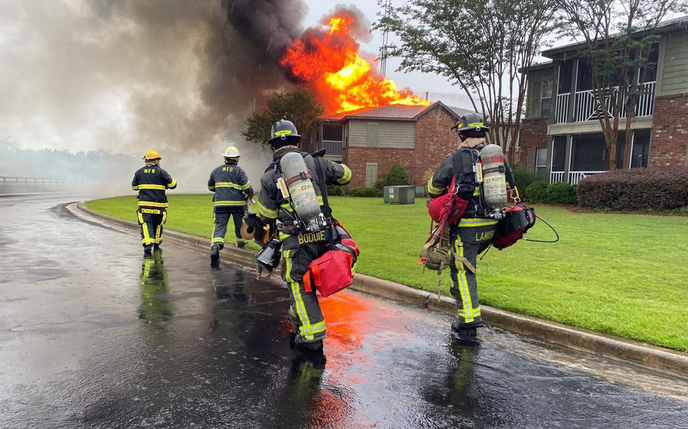 Montgomery Fire/Rescue responded to a fire at an apartment complex on Bell Road Monday afternoon.